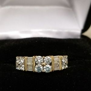 14k yellow gold anniversary/ wedding ring 1.78ca